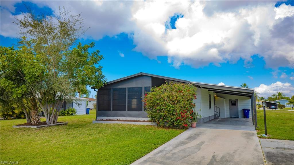 IMPERIAL HARBOR Home for Sale - View SW FL MLS #220013611 at 26277 Squire Ln in IMPERIAL HARBOR in BONITA SPRINGS, FL - 34135