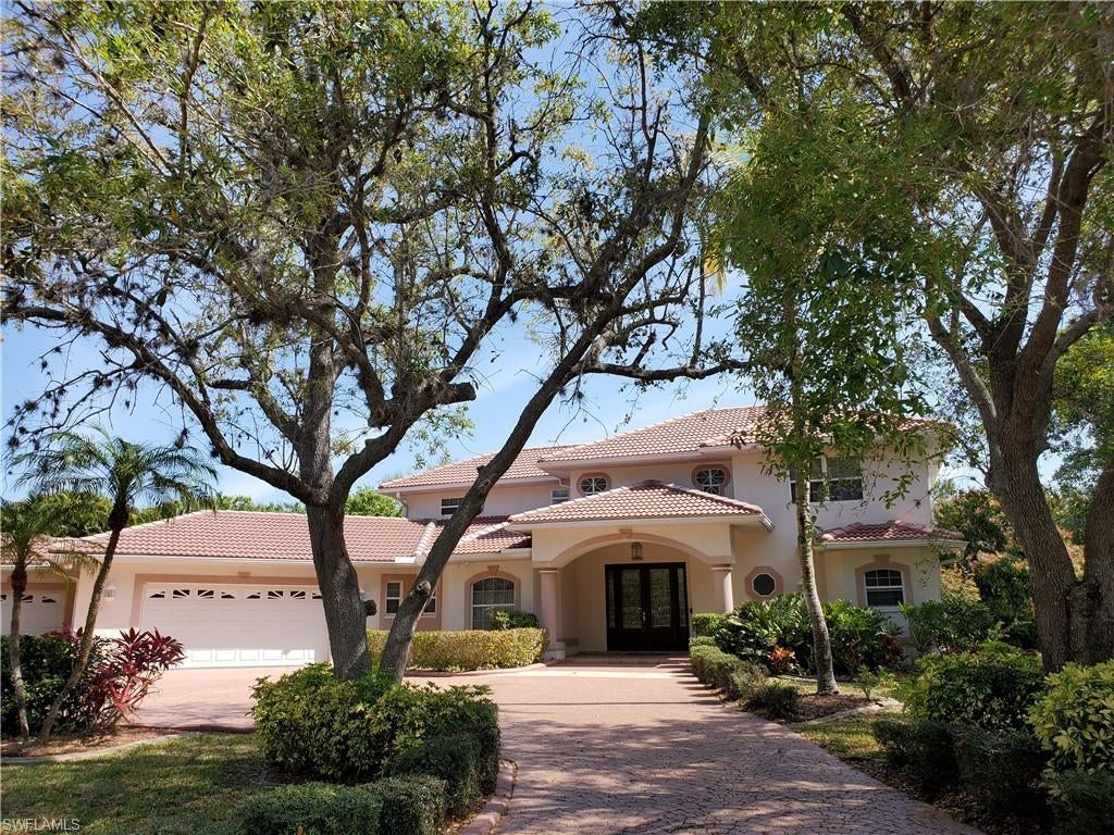SW Florida Real Estate - View SW FL MLS #220014106 at 1808 Piccadilly Cir in TRAFALGAR WOODS in CAPE CORAL, FL - 33991