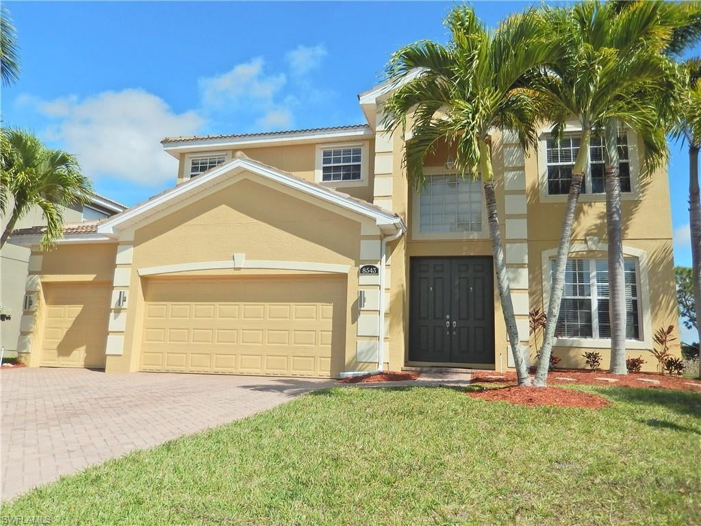 SW Florida Home for Sale - View SW FL MLS Listing #220018694 at 8543 Colony Trace Dr in FORT MYERS, FL - 33908