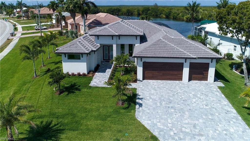 CAPE CORAL Home for Sale - View SW FL MLS #220019552 at 2927 Surfside Blvd in CAPE CORAL in CAPE CORAL, FL - 33914