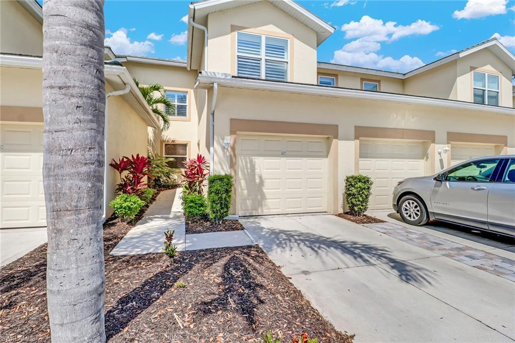 SW Florida Home for Sale - View SW FL MLS Listing #220021041 at 11991 Champions Green Way 607 in FORT MYERS, FL - 33913