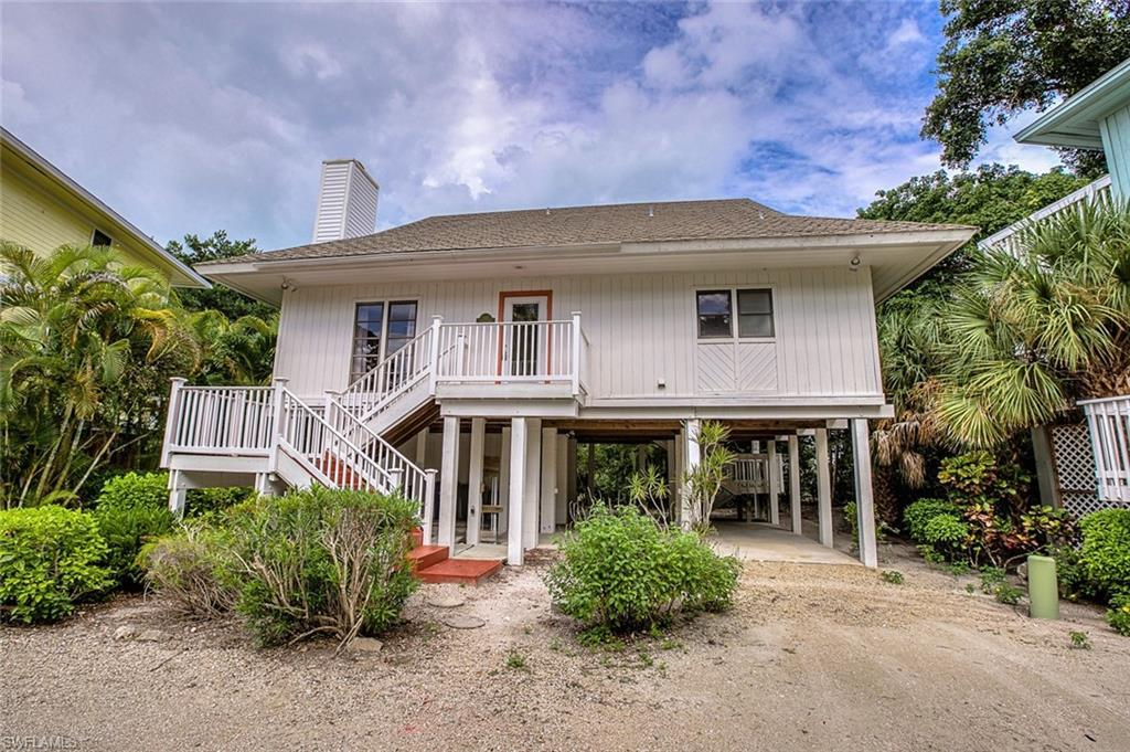 SW Florida Home for Sale - View SW FL MLS Listing #220022988 at 18 Urchin Ct in CAPTIVA, FL - 33924