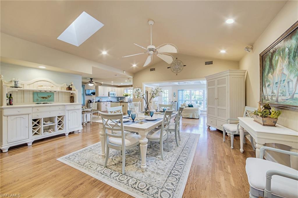 SW Florida Home for Sale - View SW FL MLS Listing #220024087 at 550 N Yachtsman Dr in SANIBEL, FL - 33957