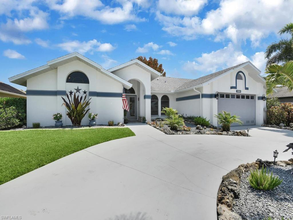 SW Florida Home for Sale - View SW FL MLS Listing #220025837 at 4419 Sw 11th Ave in CAPE CORAL, FL - 33914