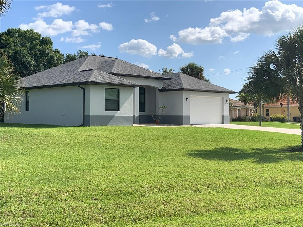 COUNTRY CLUB ESTATES Real Estate - View SW FL MLS #220028479 at 1450 Scenic St in COUNTRY CLUB ESTATES SUBD in LEHIGH ACRES, FL - 33936