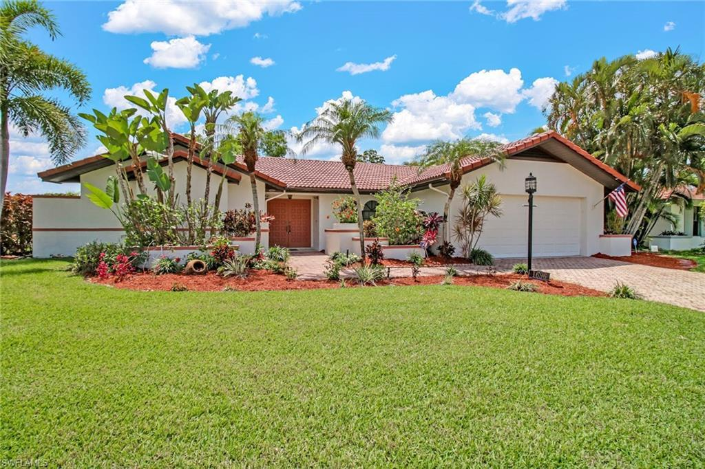 WHISKEY CREEK Home for Sale - View SW FL MLS #220029033 at 1696 Whiskey Creek Dr in WHISKEY CREEK in FORT MYERS, FL - 33919