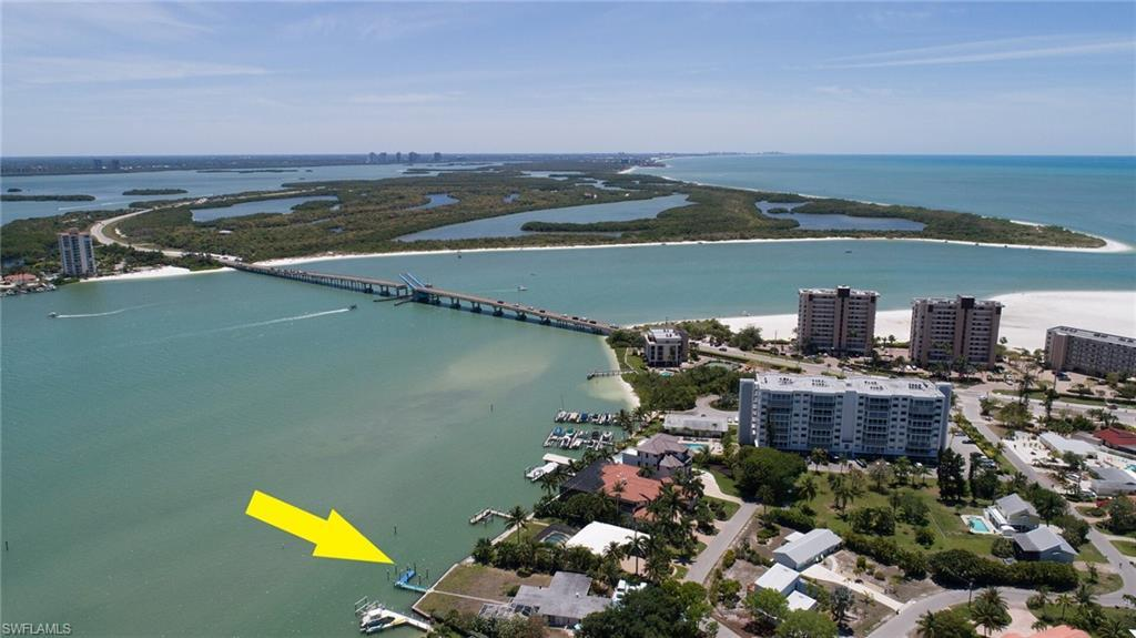 SW Florida Home for Sale - View SW FL MLS Listing #220029163 at 120 Little Carlos Ln in FORT MYERS BEACH, FL - 33931