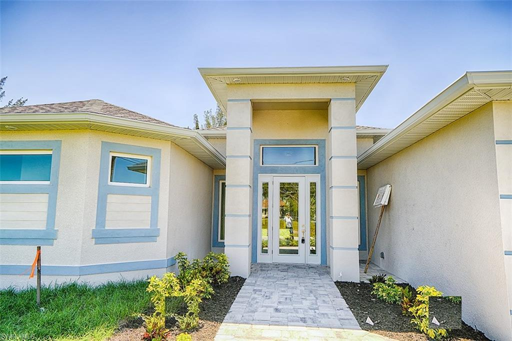 SW Florida Home for Sale - View SW FL MLS Listing #220030833 at 2934 Sw 4th Pl in CAPE CORAL, FL - 33914
