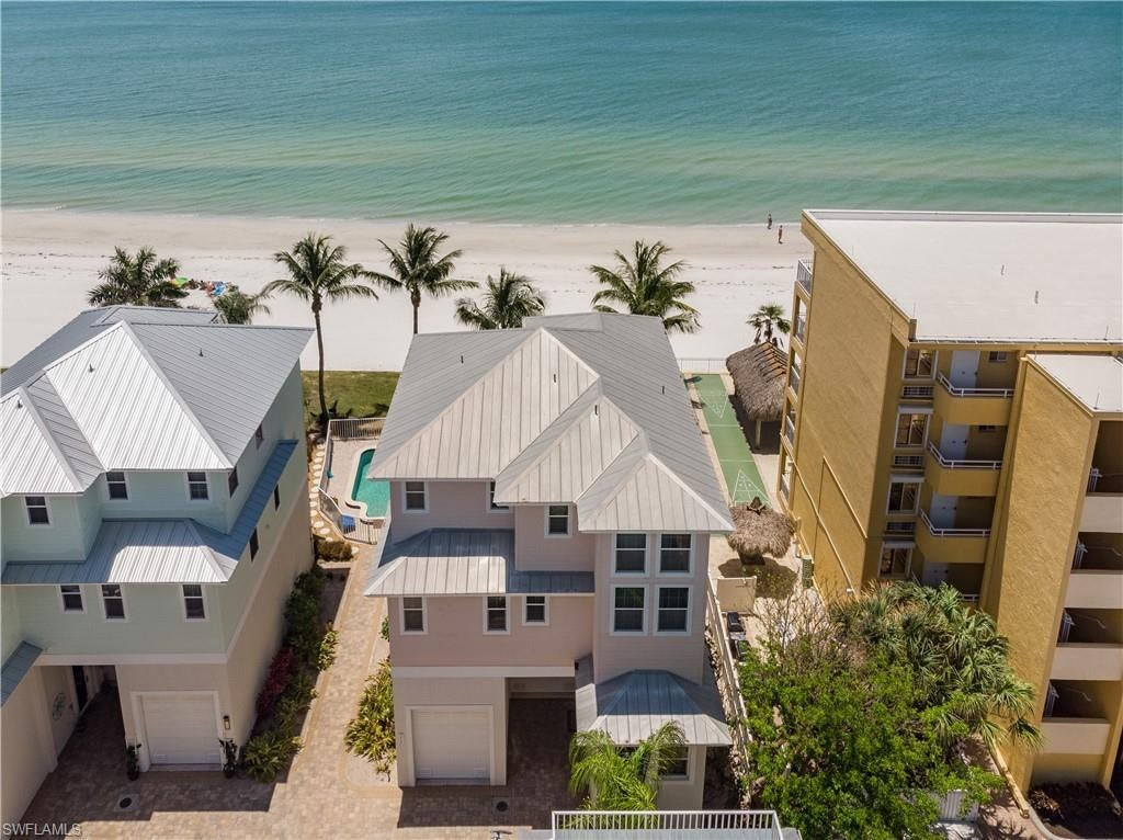 SW Florida Home for Sale - View SW FL MLS Listing #220031149 at 251 Key West Ct in FORT MYERS BEACH, FL - 33931