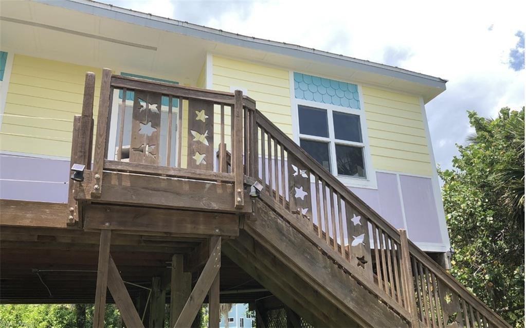 Upper Captiva Real Estate - View SW FL MLS #220034116 at 211 Nighthawk Dr in NORTH CAPTIVA SANDS at NORTH CAPTIVA SANDS