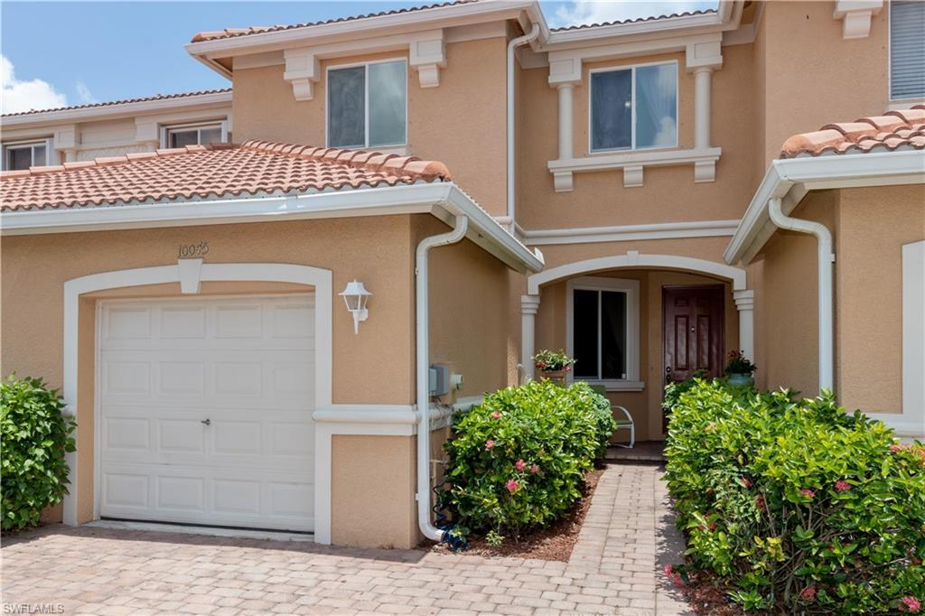 SW Florida Home for Sale - View SW FL MLS Listing #220033072 at 10045 Chiana Cir in FORT MYERS, FL - 33905