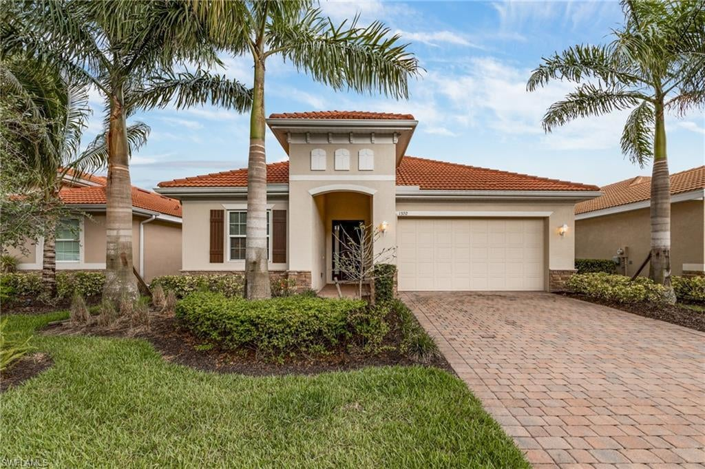 NORTH FORT MYERS Real Estate - View SW FL MLS #220034402 at 13152 Silver Thorn Loop in MOODY RIVER ESTATES at MOODY RIVER ESTATES