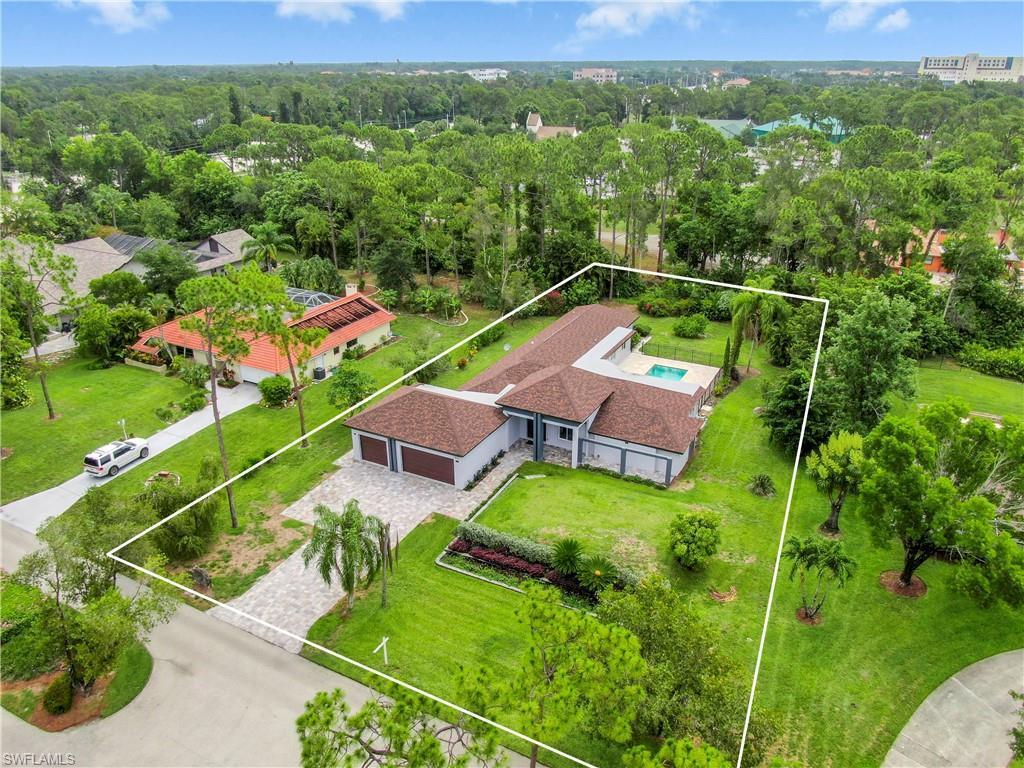 PINEHURST ESTATES Real Estate - View SW FL MLS #220034443 at 13543 Pine Villa Ln in PINEHURST ESTATES in FORT MYERS, FL - 33912