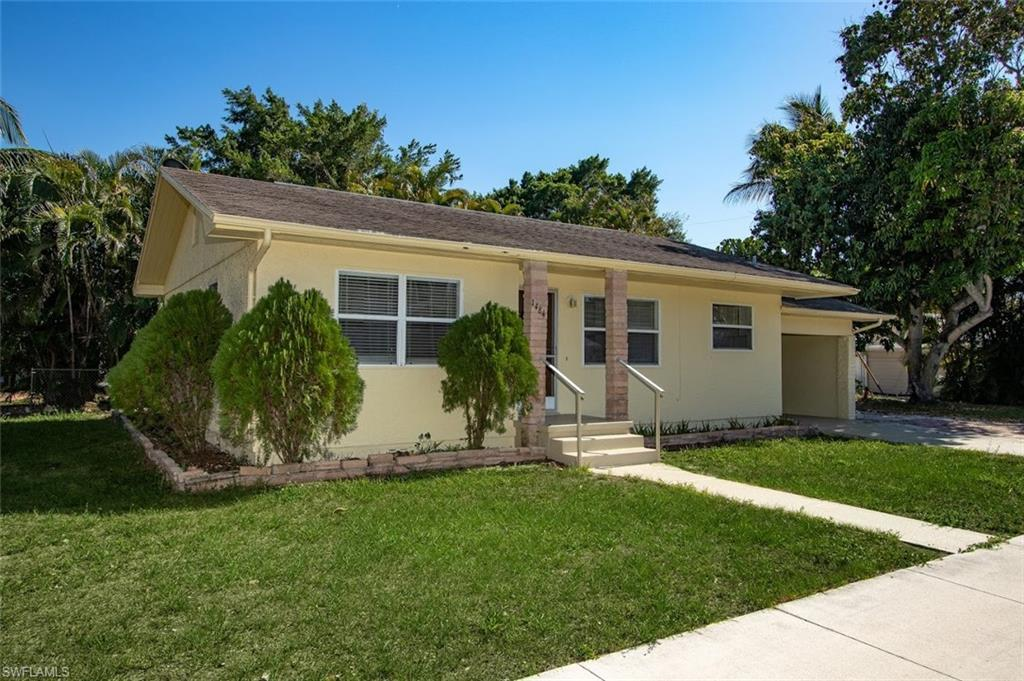 SW Florida Home for Sale - View SW FL MLS Listing #220029734 at 1484 Linhart Ave in FORT MYERS, FL - 33901