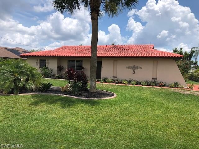 SW Florida Home for Sale - View SW FL MLS Listing #220034695 at 1302 Se 15th St in CAPE CORAL, FL - 33990