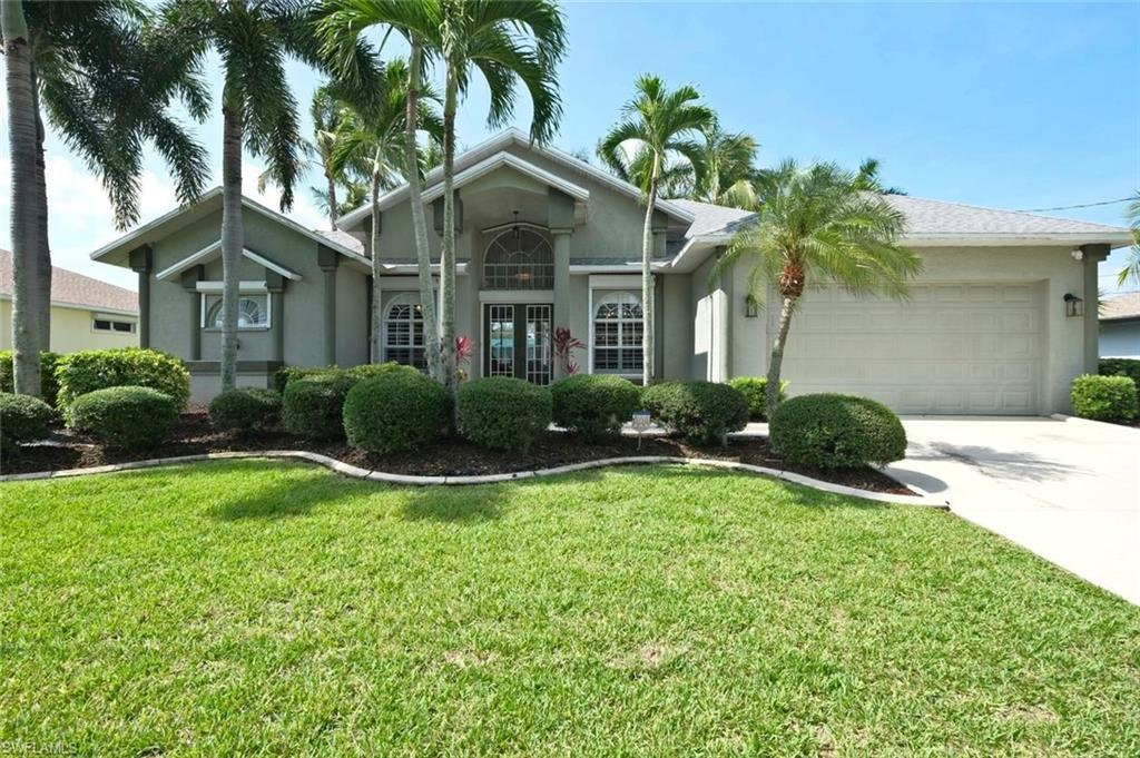 CAPE CORAL Real Estate - View SW FL MLS #220033738 at 1424 Sw 51st Ln in CAPE CORAL at CAPE CORAL
