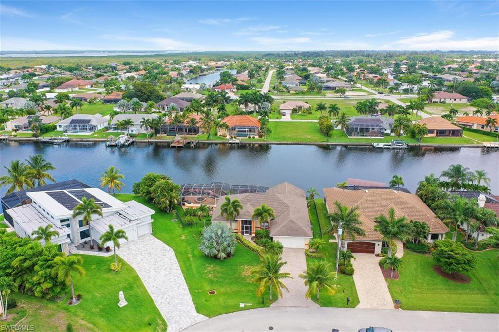 SW Florida Real Estate - View SW FL MLS #220034820 at 2640 Sw 30th St in CAPE CORAL in CAPE CORAL, FL - 33914