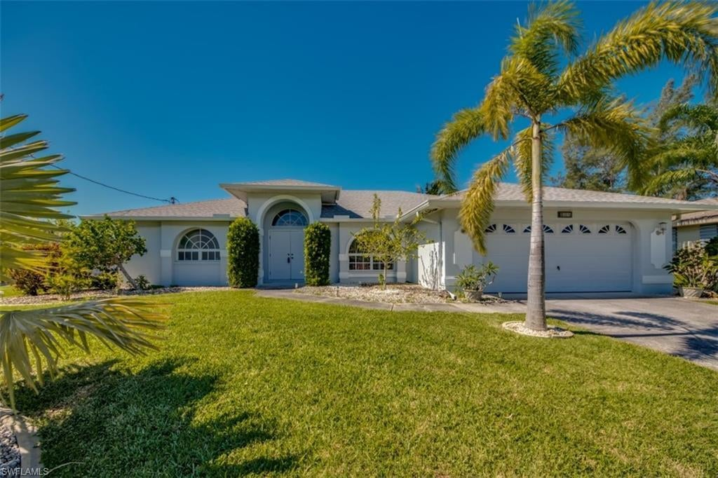 SW Florida Home for Sale - View SW FL MLS Listing #220037589 at 508 Se 31st Ter in CAPE CORAL, FL - 33904