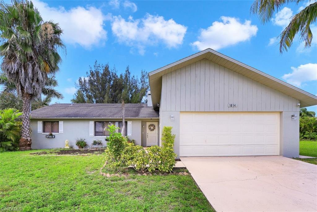 CAPE CORAL Real Estate - View SW FL MLS #220038119 at 1814 Sw 43rd St in CAPE CORAL at CAPE CORAL