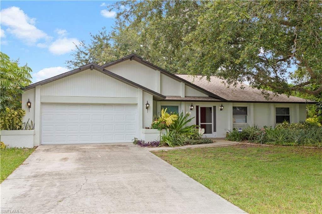 CAPE CORAL Real Estate - View SW FL MLS #220039057 at 1003 Se 41st St in CAPE CORAL in CAPE CORAL, FL - 33904