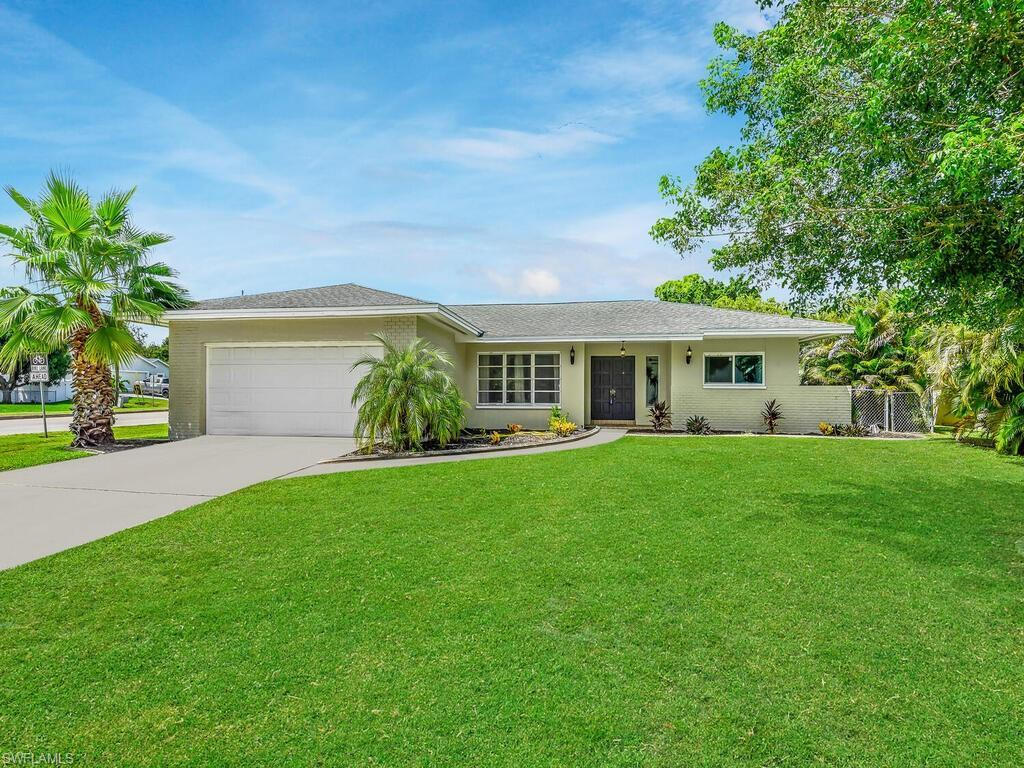 SW Florida Home for Sale - View SW FL MLS Listing #220040230 at 5256 Coronado Pky in CAPE CORAL, FL - 33904