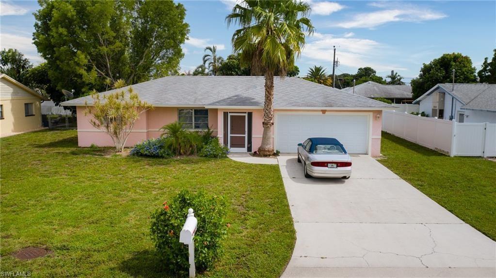 CAPE CORAL Real Estate - View SW FL MLS #220041208 at 1222 Se 34th St in CAPE CORAL at CAPE CORAL