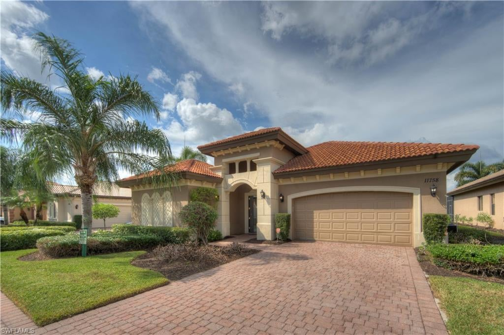 PASEO Real Estate - View SW FL MLS #220042224 at 11758 Rosalinda Ct in PASEO in FORT MYERS, FL - 33912