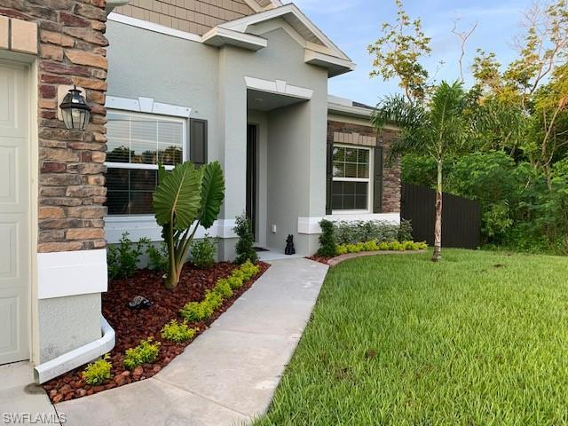 SW Florida Home for Sale - View SW FL MLS Listing #220042402 at 420 Ne 4th St in CAPE CORAL, FL - 33909