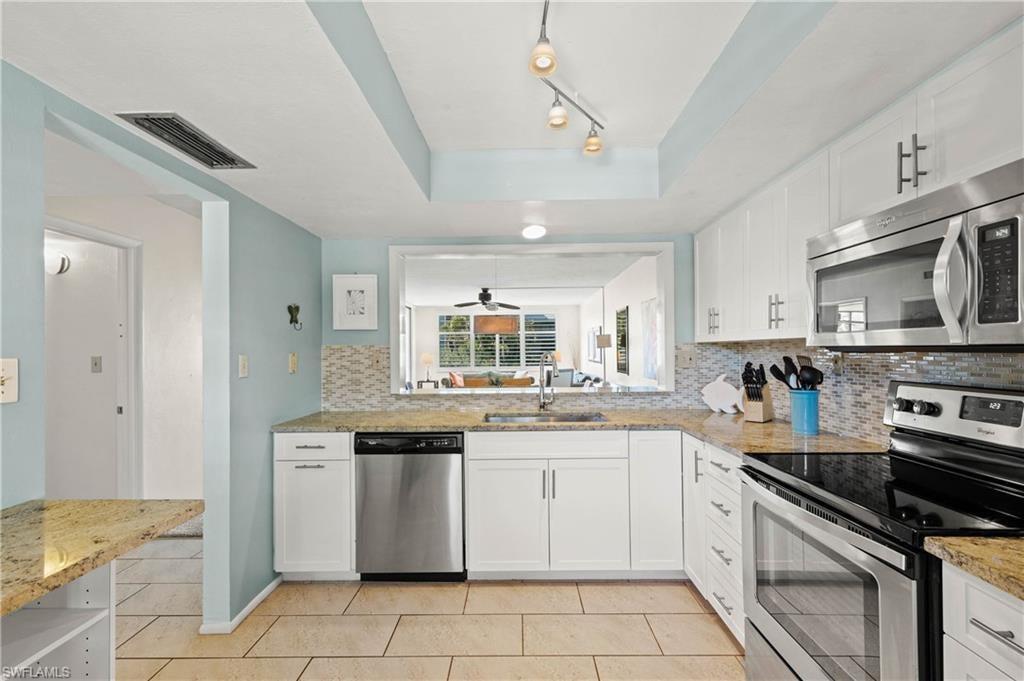 LOGGERHEAD CAY CONDO Home for Sale - View SW FL MLS #220043155 at 979 E Gulf Dr 542 in LOGGERHEAD CAY CONDO in SANIBEL, FL - 33957