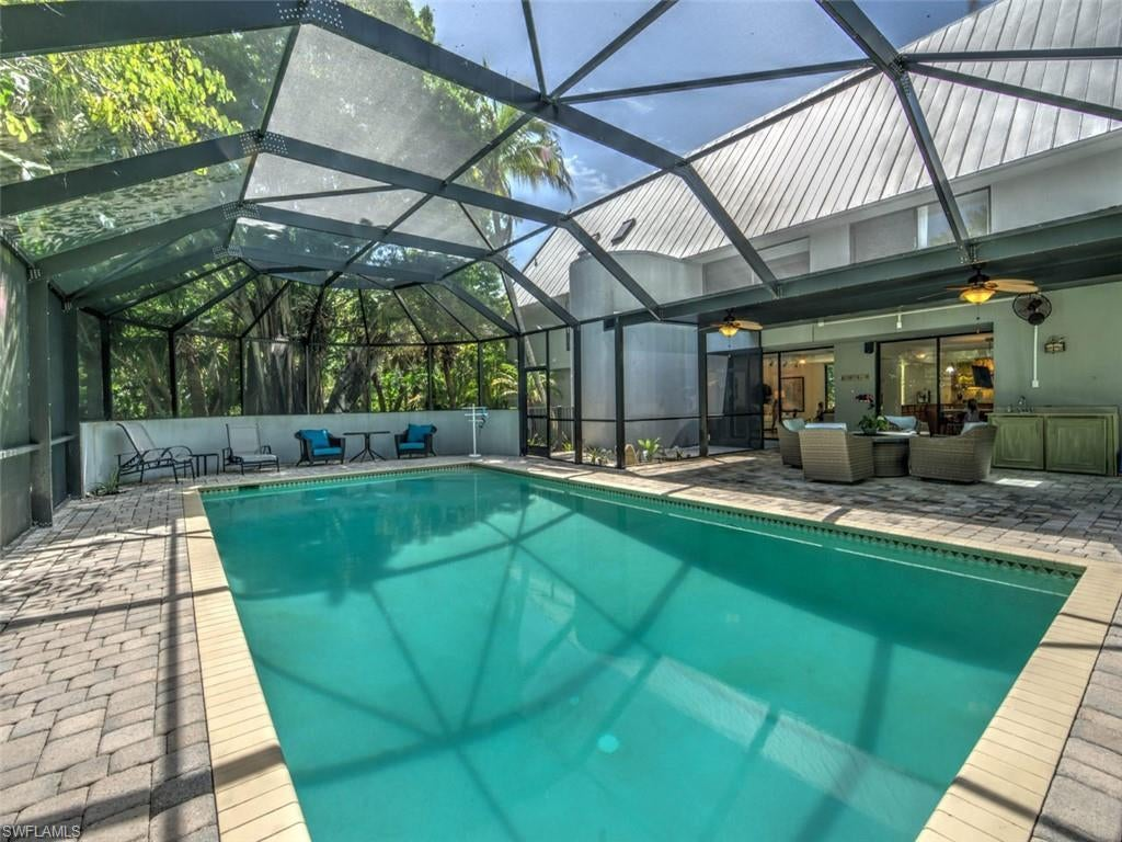 SW Florida Home for Sale - View SW FL MLS Listing #220045256 at 1035 S Yachtsman Dr in SANIBEL, FL - 33957