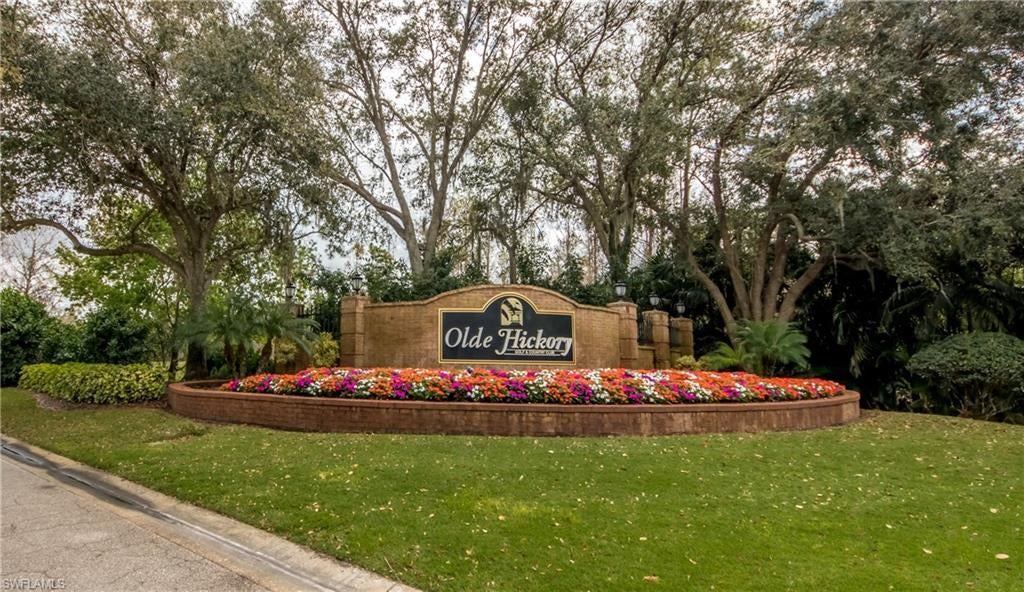 OLDE HICKORY GOLF & COUNTRY CLUB Real Estate - View SW FL MLS #220045594 at 14540 Hickory Hill Ct 1015 in VERANDAS in FORT MYERS, FL - 33912