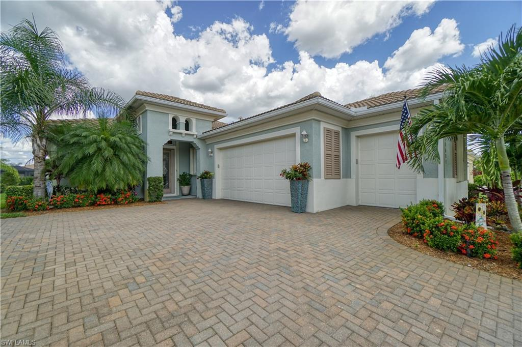 PELICAN PRESERVE Real Estate - View SW FL MLS #220045922 at 11627 Giulia Dr in CARENA in FORT MYERS, FL - 33913