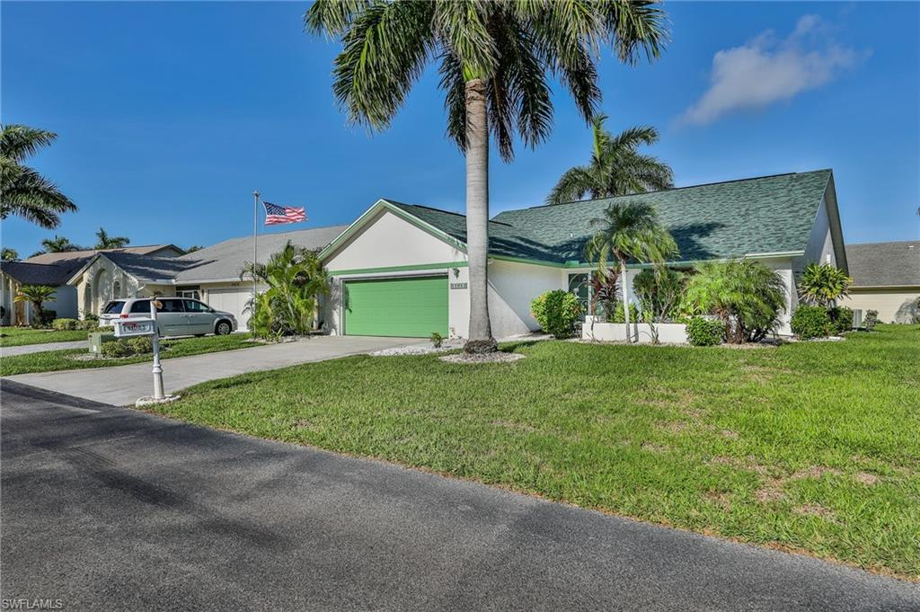SW Florida Home for Sale - View SW FL MLS Listing #220054905 at 11083 Caravel Cir in FORT MYERS, FL - 33908