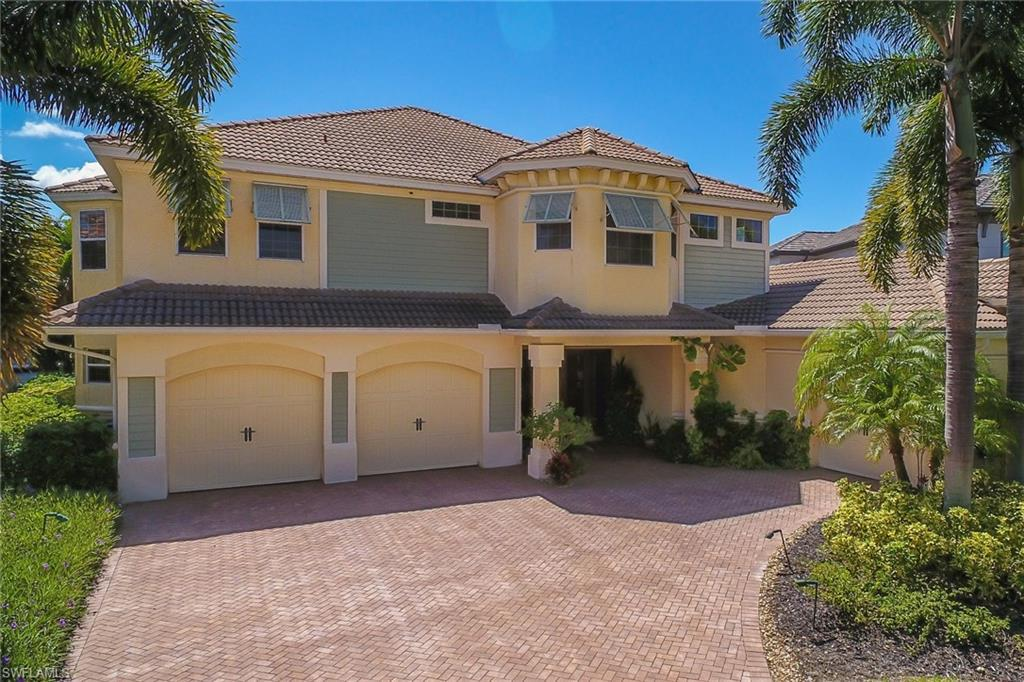 SW Florida Home for Sale - View SW FL MLS Listing #220056157 at 5813 Harbour Cir in CAPE CORAL, FL - 33914