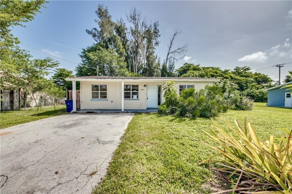 FORT MYERS Real Estate - View SW FL MLS #220056929 at 18481 Iris Rd in SAN CARLOS PARK at SAN CARLOS PARK