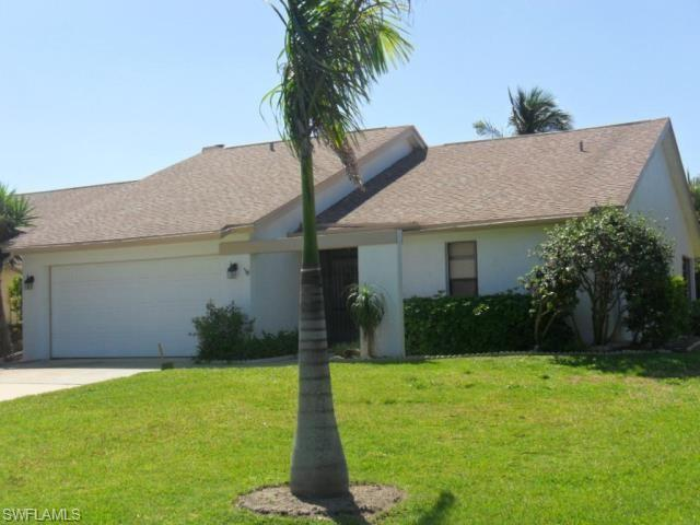 CINNAMON COVE Home for Sale - View SW FL MLS #220057097 at 11545 Cinnamon Cv Blvd in CINNAMON COVE in FORT MYERS, FL - 33908