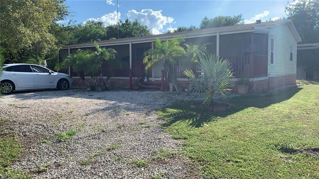 MOORE HAVEN Home for Sale - View SW FL MLS #220058836 in MOORE HAVEN