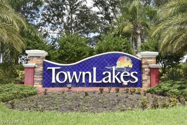 LEHIGH ACRES Home for Sale - View SW FL MLS #220061129 in TOWN LAKES