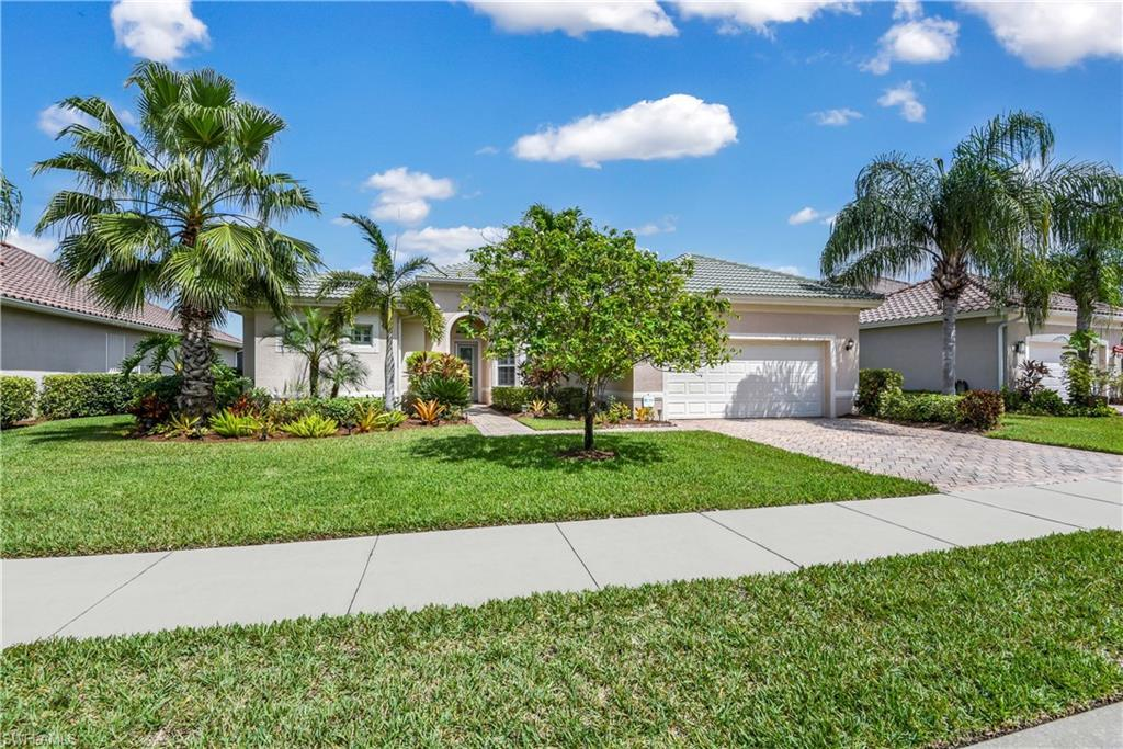 FORT MYERS Real Estate - View SW FL MLS #220062326 at 13047 Milford Pl in SOMERSET at THE PLANTATION