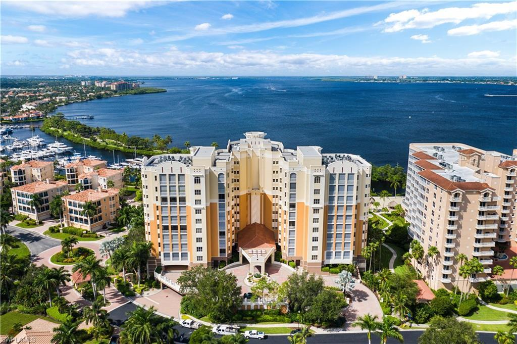 FORT MYERS Real Estate - View SW FL MLS #220062833 at 14270 Royal Harbour Ct 322 in THE PARAMOUNT at GULF HARBOUR YACHT AND COUNTRY CLUB
