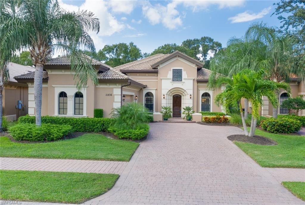 SW Florida Real Estate - View SW FL MLS #220064371 at 11836 Rosalinda Ct in PASEO in FORT MYERS, FL - 33912