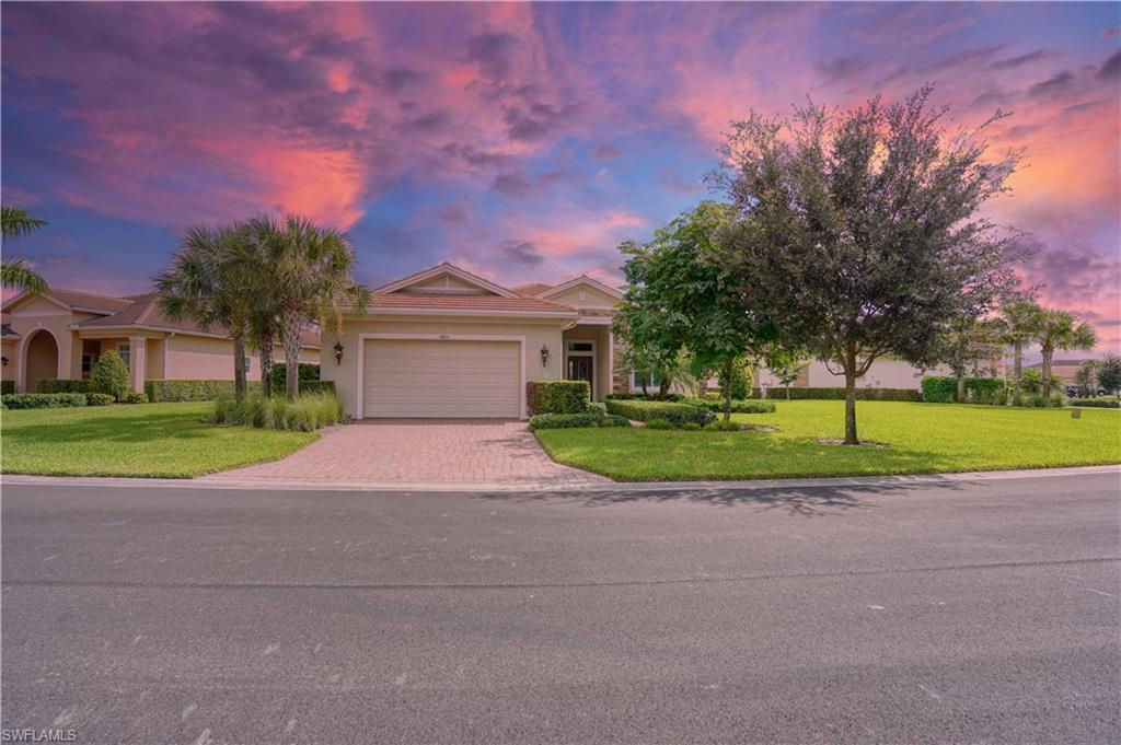 VERANDAH Real Estate - View SW FL MLS #220064813 at 13854 Woodhaven Cir in WOODHAVEN in FORT MYERS, FL - 33905