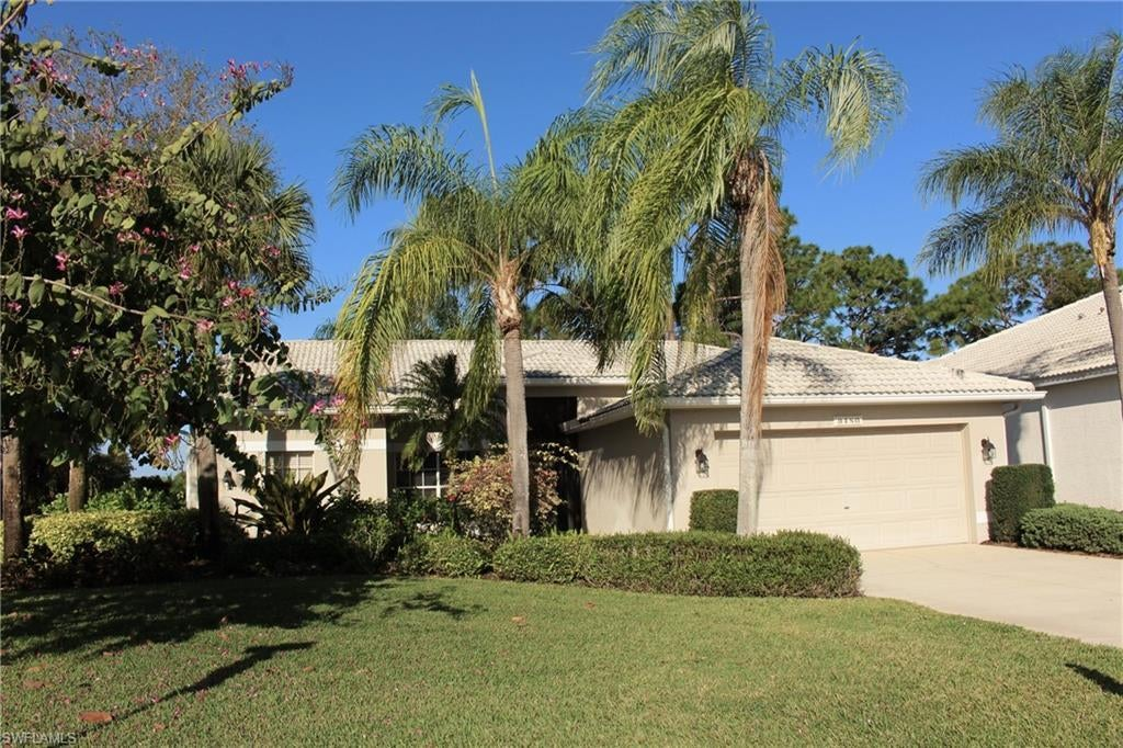 FORT MYERS Home for Sale - View SW FL MLS #220068777 in OLDE HICKORY GOLF & COUNTRY CLUB