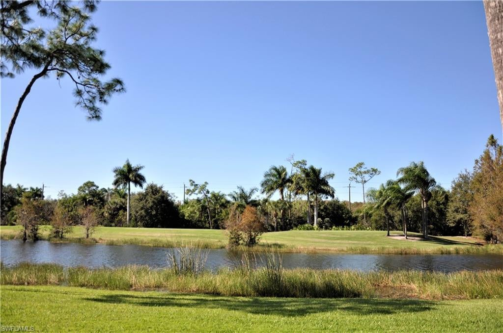 SW Florida Real Estate - View SW FL MLS #220072331 at 14520 Hickory Hill Ct 812 in OLDE HICKORY GOLF & COUNTRY CLUB in FORT MYERS, FL - 33912