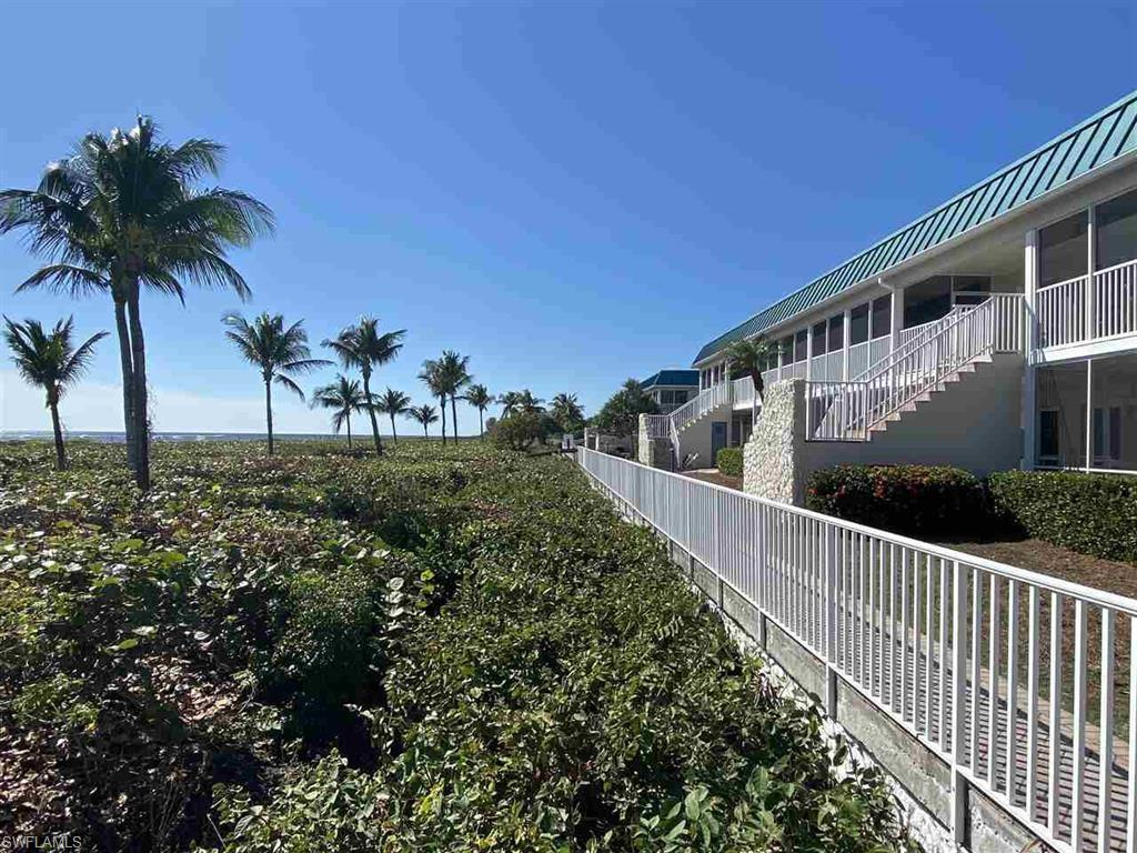 SW Florida Home for Sale - View SW FL MLS Listing #220074727 at 827 E Gulf Dr J3 in SANIBEL, FL - 33957