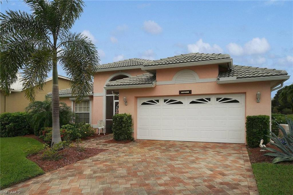 SW Florida Home for Sale - View SW FL MLS Listing #220074973 at 9231 Old Hickory Cir in FORT MYERS, FL - 33912