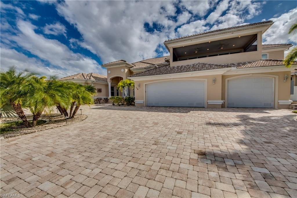 CAPE CORAL Real Estate - View SW FL MLS #220074985 at 118 Sw 49th St in CAPE CORAL in CAPE CORAL, FL - 33914