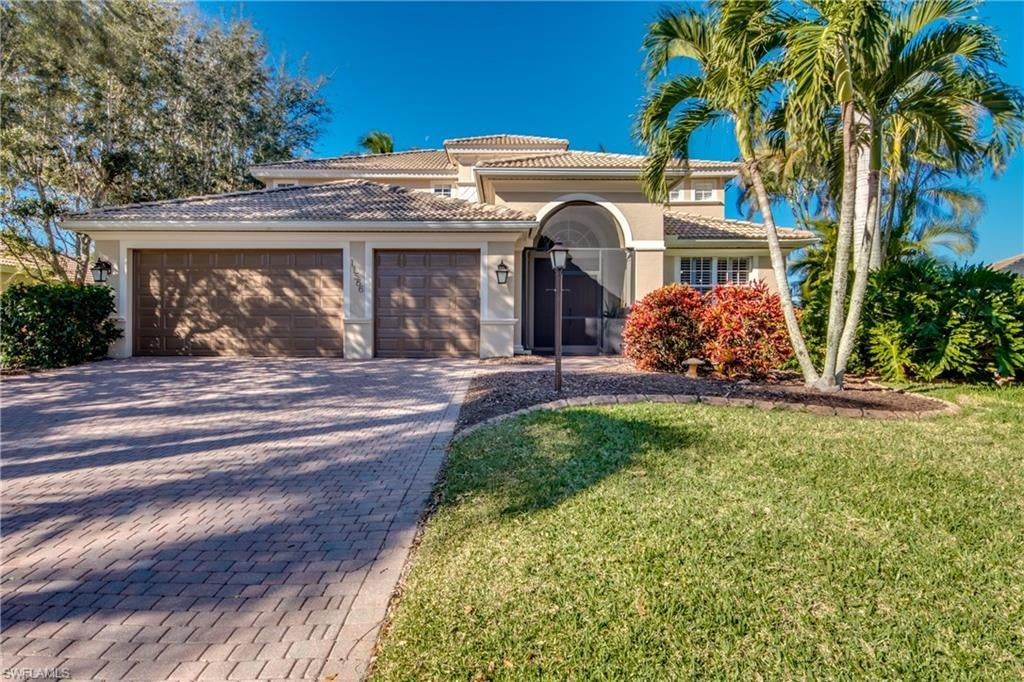 CAPE ROYAL Home for Sale - View SW FL MLS #221001980 at 11566 Royal Tee Cir in CAPE ROYAL in CAPE CORAL, FL - 33991