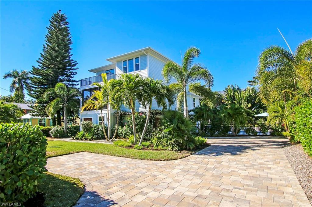 SW Florida Home for Sale - View SW FL MLS Listing #221003093 at 14980 Binder Dr in CAPTIVA, FL - 33924