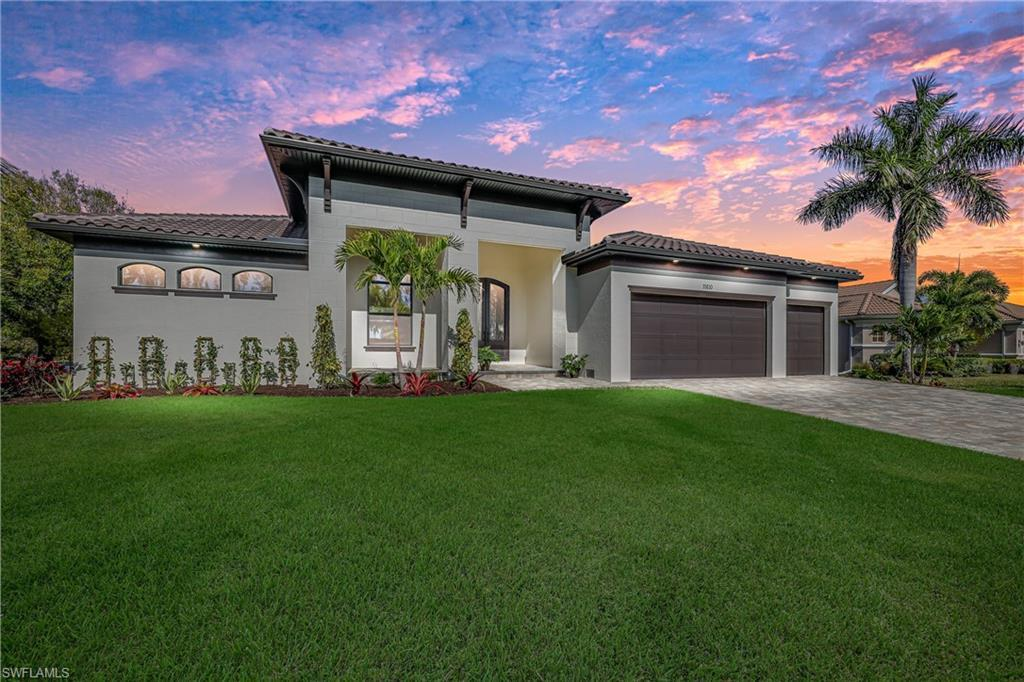 SW Florida Home for Sale - View SW FL MLS Listing #221004112 at 11610 Royal Tee Cir in CAPE CORAL, FL - 33991